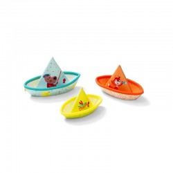 3 bateaux flottants